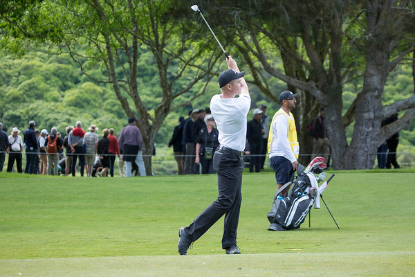 Nick Voke from New Zealand with his approach shot to the 6th green on Day 2 of the Asia-Pacific Amateur Championship tournament 2017 held at Royal Wellington Golf Club, in Heretaunga, Upper Hutt, New Zealand from 26 - 29 October 2017. Copyright John Mathews 2017.   www.megasportmedia.co.nz