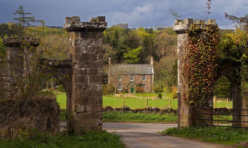 Aldbar Castle gates, and Blaikie Mill Cottage.  3pm, 14/05/13