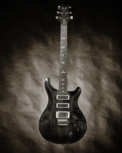 Paul Reed Smith Guitar in Black and white set 2110