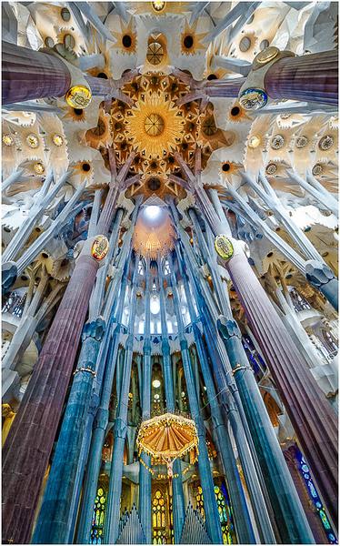 La Sagrada Familia_John Hoffman.jpg