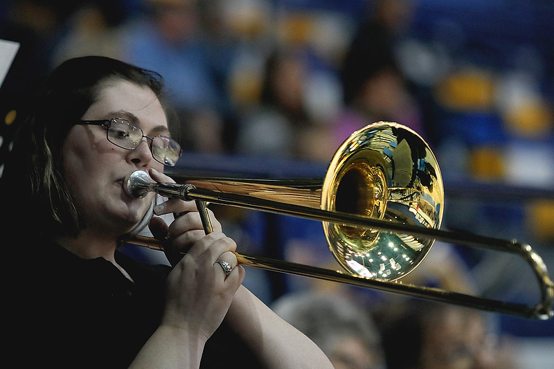 _MG_5280-Trombone player- pep band.jpg