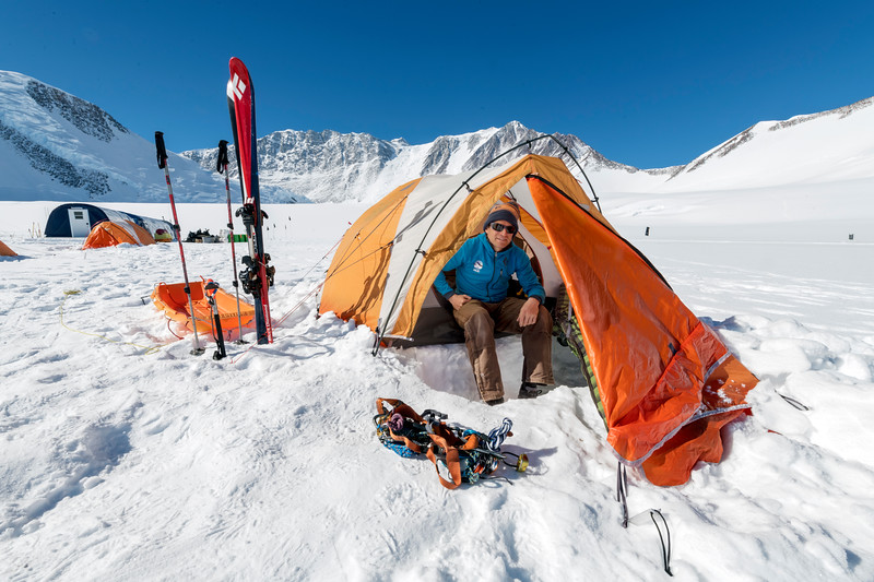 Vinson Base Camp -1-9-18092401.jpg