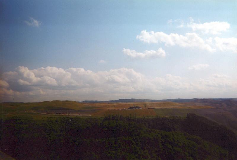2002_June_Shonk-Land_0032_a.jpg