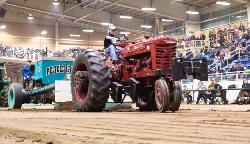 Tractor Pull-03728.jpg