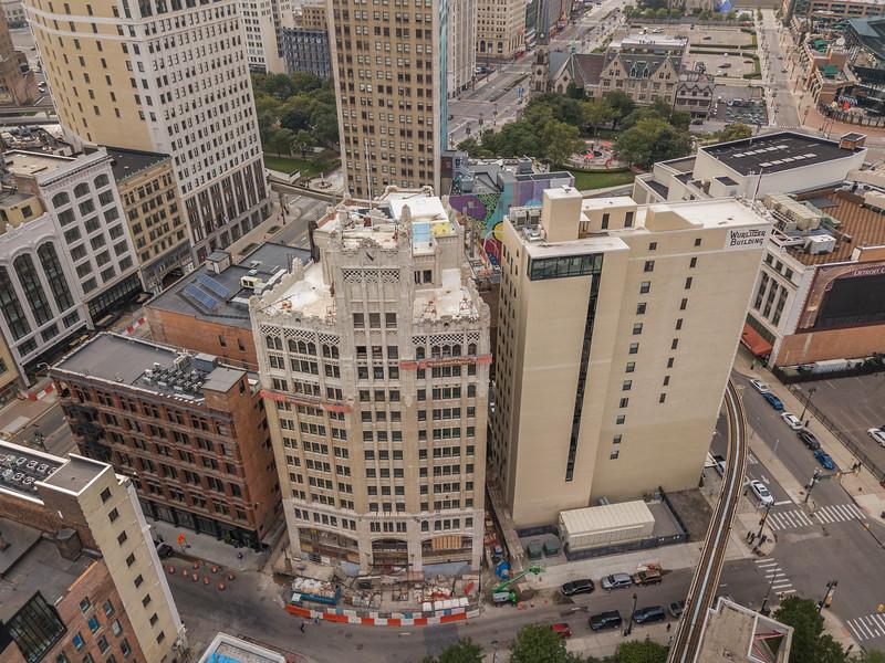 Nadir Ali Metropolitan Building 1.jpg