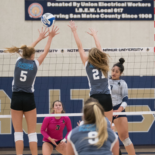 HPU Volleyball-91892.jpg