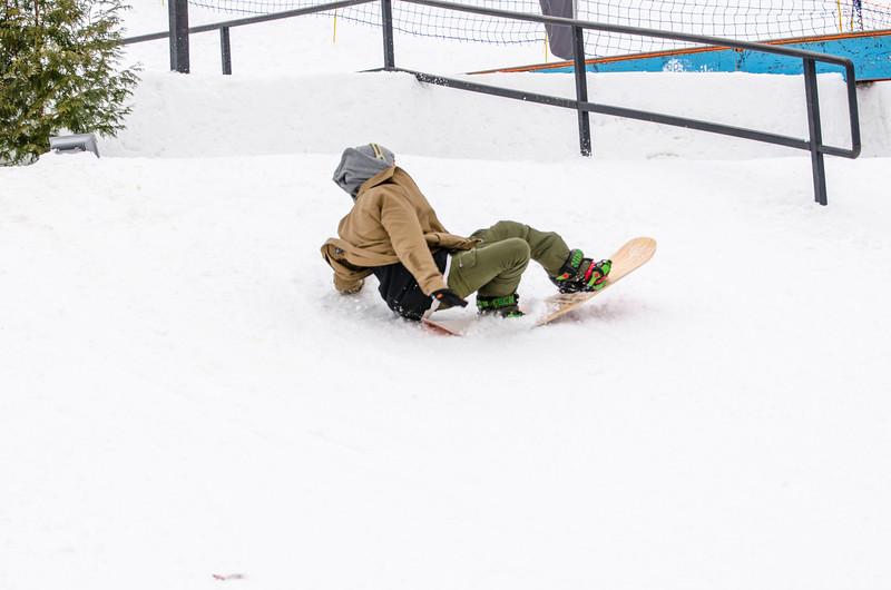 Snow-Trails_Mid-Season-2015-SpFeat-86.jpg