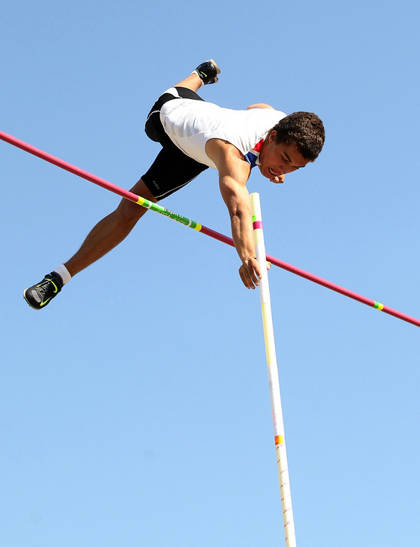 . Tamalpais\' August Kiles clears 15 feet 4 inches in the boys pole vault at the North Coast Section Meet of Champions at Cal\'s Edwards Stadium in Berkeley, Calif., on Saturday, May 25, 2013. Hutchins placed second in the race. Kiles placed first. (Anda Chu/Bay Area News Group)