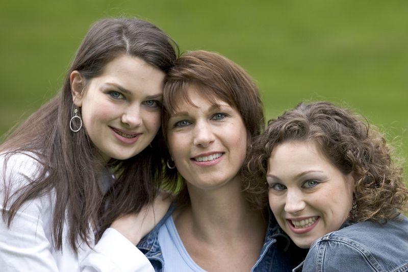 Family_T018.jpg