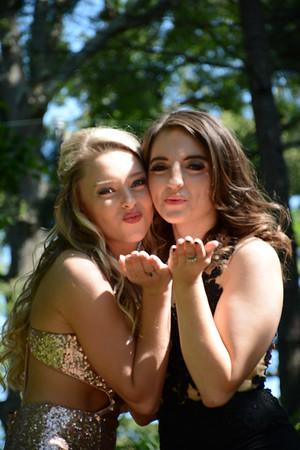 Hannah and Caroline's prom pics