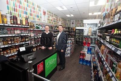 Peter Donnelly and Kevin O'Reilly from O'Reillys Off Licience Patrick Street Newry. R1551014