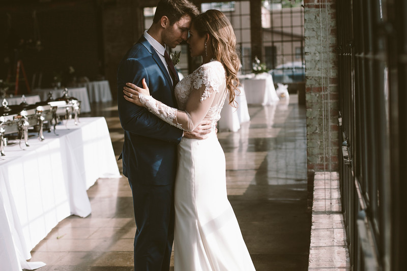 Kate&Josh_ZACH.WATHEN.PHOTOGRAPHER-692.jpg