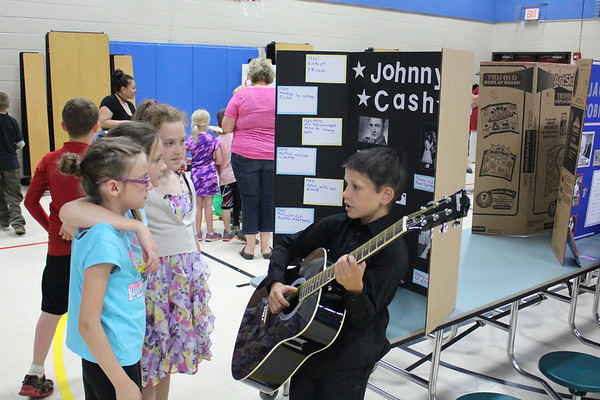 Winsted Elementary Living Wax Museum 2017