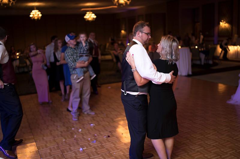 Amanda & Tyler Wedding 0853.jpg