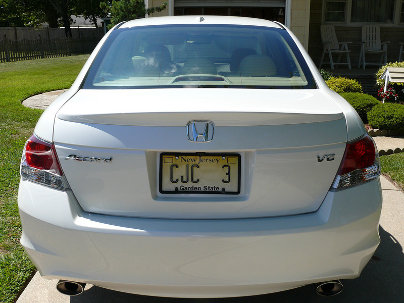 2008 Honda Accord V6 3.jpg