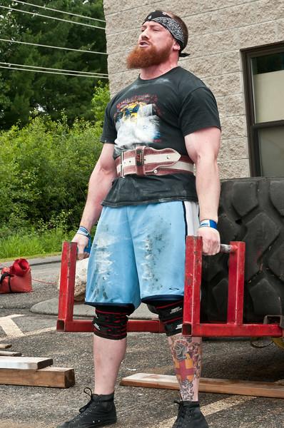 Fitness Revolution Strongman Challenge 2011_ERF4003.jpg