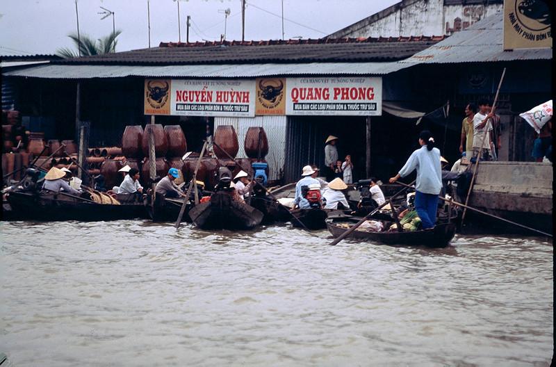 VietnamSingapore1_016.jpg