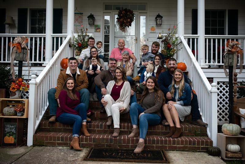 2019 November Ellis Family-38-259.jpg