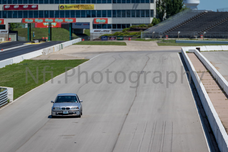 Flat Out Group 4-275.jpg