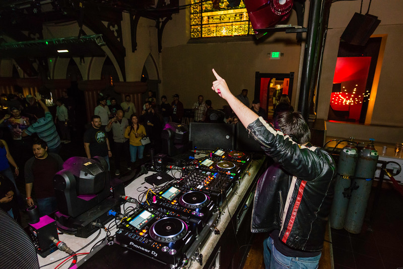 11.17.17 The Church Gareth Emery-10.jpg