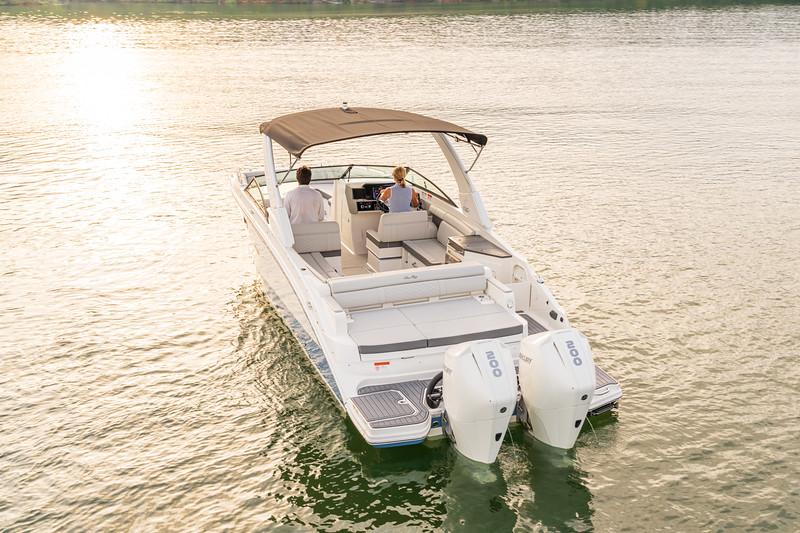 2021-SDX-290-Outboard-SDO290-port-stern-05759.jpg
