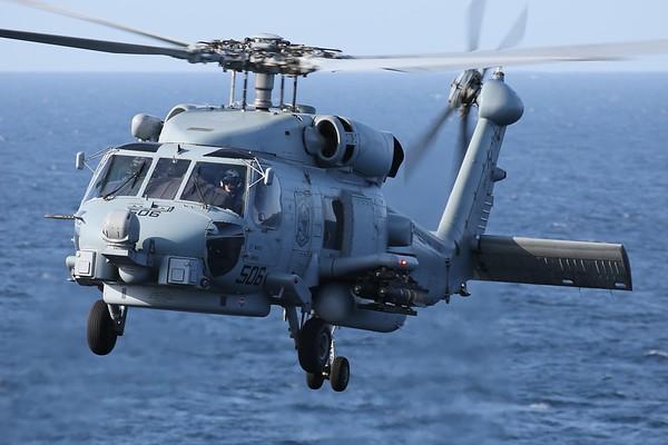 """US Navy MH-60R """"Seahawk"""", Arabian Gulf, 05Nov18"""