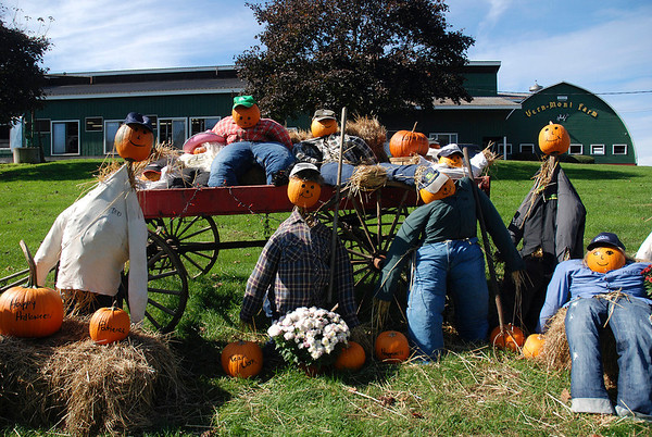 Vern-Mont Farm Scarecrows