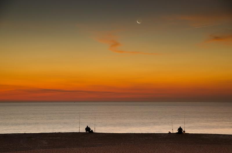 2013 10-3 Monmouth Beach Crescent Fishermen - Fog Stavola-103.jpg