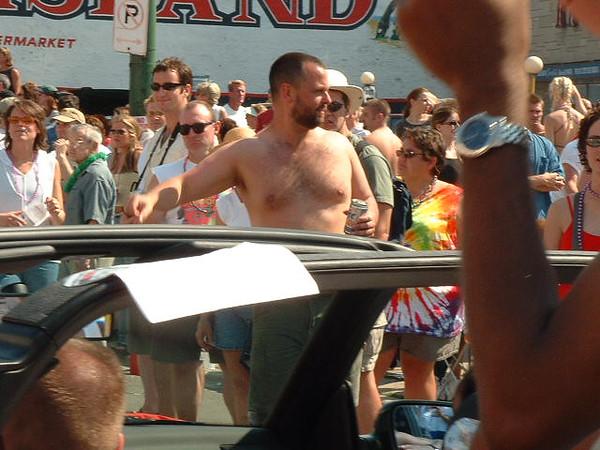 Pride Parade 2001-68-1.jpg