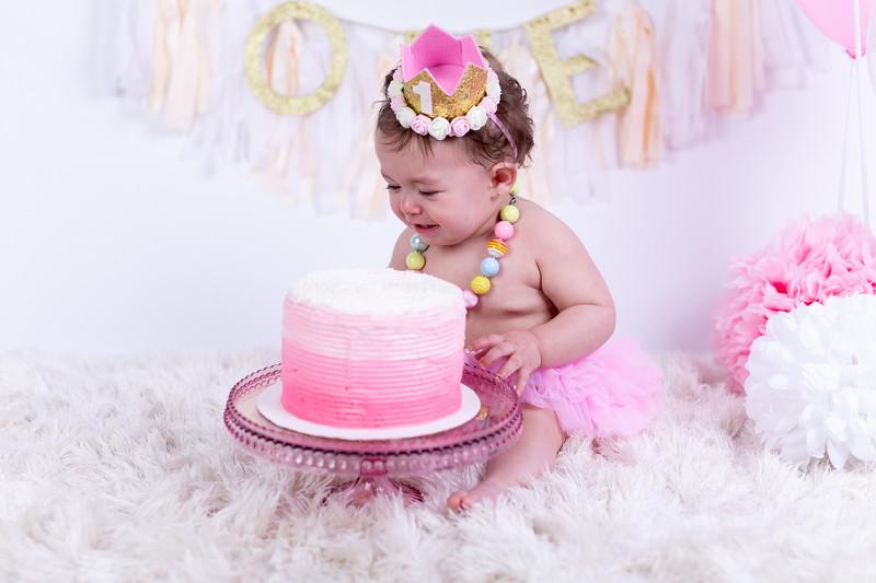 04.13.19 - Alicia's Smash The Cake-105.jpg