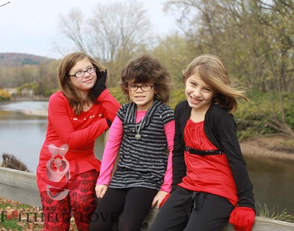 Kiersten, Karenna and Maklayla 10-26-13