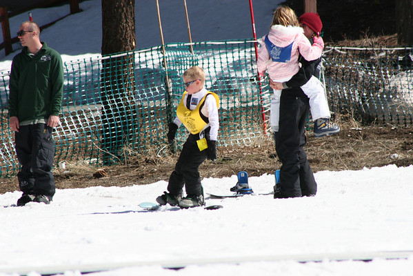 Kids Board/Ski Day - March 2009