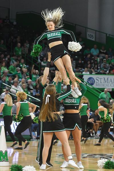 cheerleaders3198.jpg