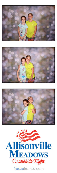 Freezeframez_Photo_Booths_005.jpg