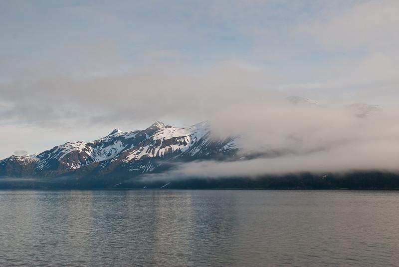 Steaming towards Glacier Bay the next morning.