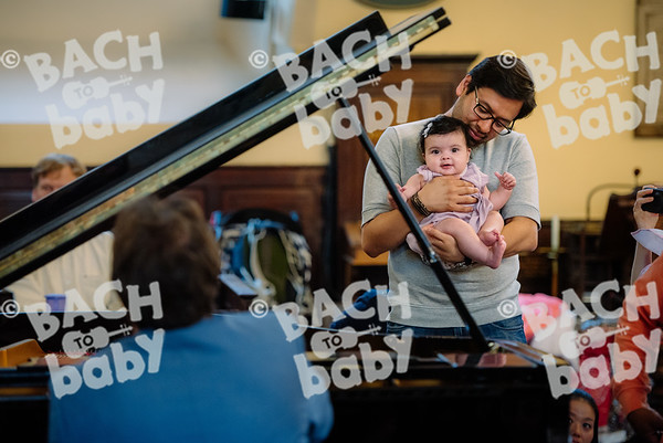 © Bach to Baby 2017_Alejandro Tamagno_Covent Garden_2017-09-09 017.jpg
