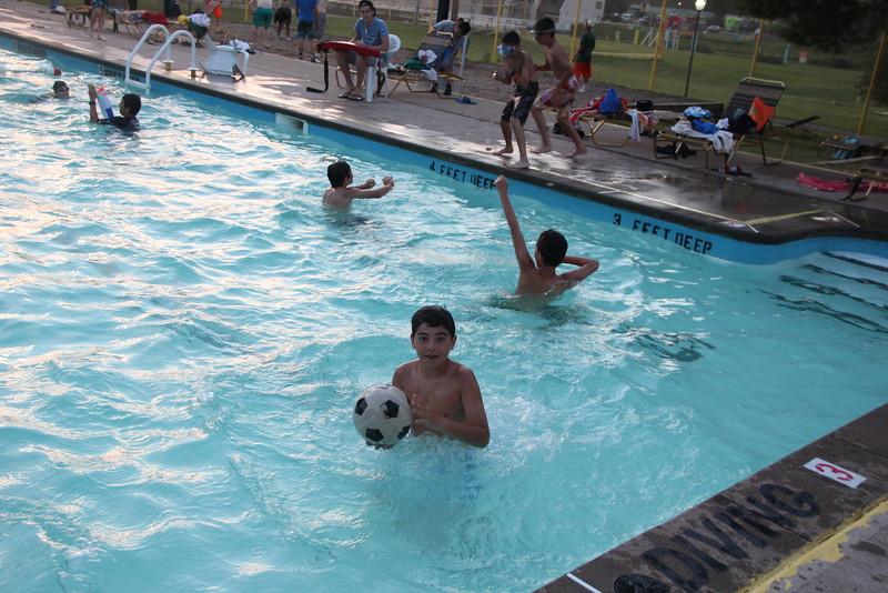 kars4kids_thezone_camp_2015_boys_boy's_division_swimming_pool_ (187).JPG