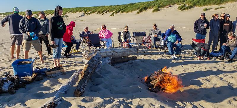 Beach Campfire Memorial (11 of 30).jpg