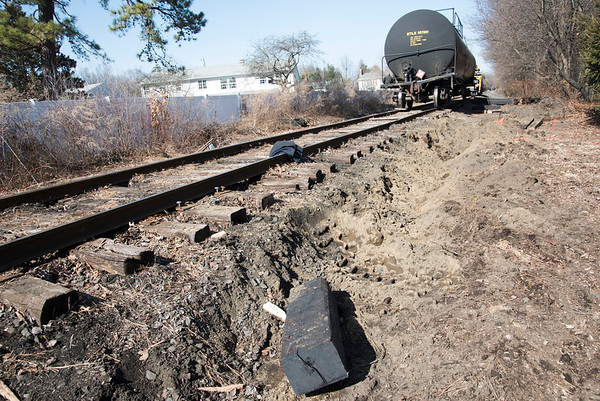 03/02/20 Wesley Bunnell | Staff A train derailment occurred on Monday March 3, 2020 near Russell Ave and Roosevelt St. in Plainville.