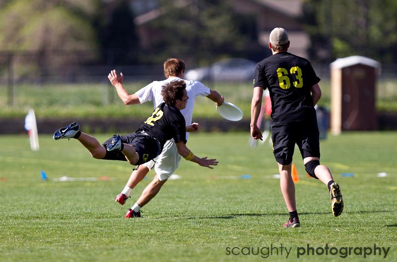 05-27-11_College_Championships_Friday_Roeder_24.jpg