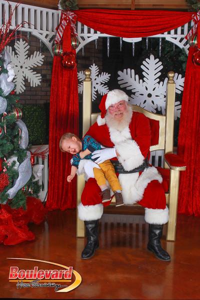 Santa 12-10-16-428.jpg