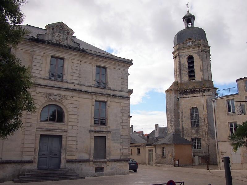 P7256119-the-bishops-palace.JPG