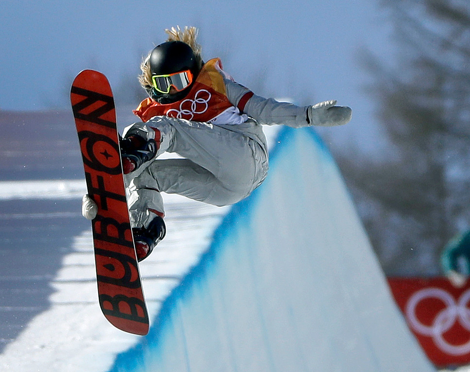 . Chloe Kim, of the United States, jumps during the women\'s halfpipe finals at Phoenix Snow Park at the 2018 Winter Olympics in Pyeongchang, South Korea, Tuesday, Feb. 13, 2018. (AP Photo/Gregory Bull)