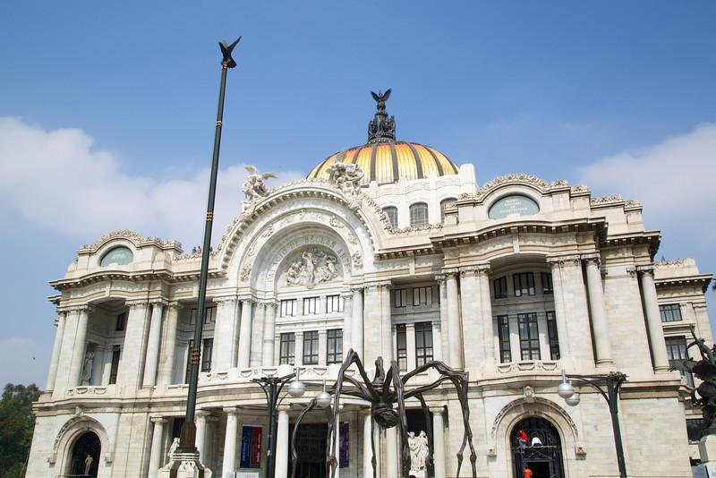 Roewe_Mexico 11.jpg