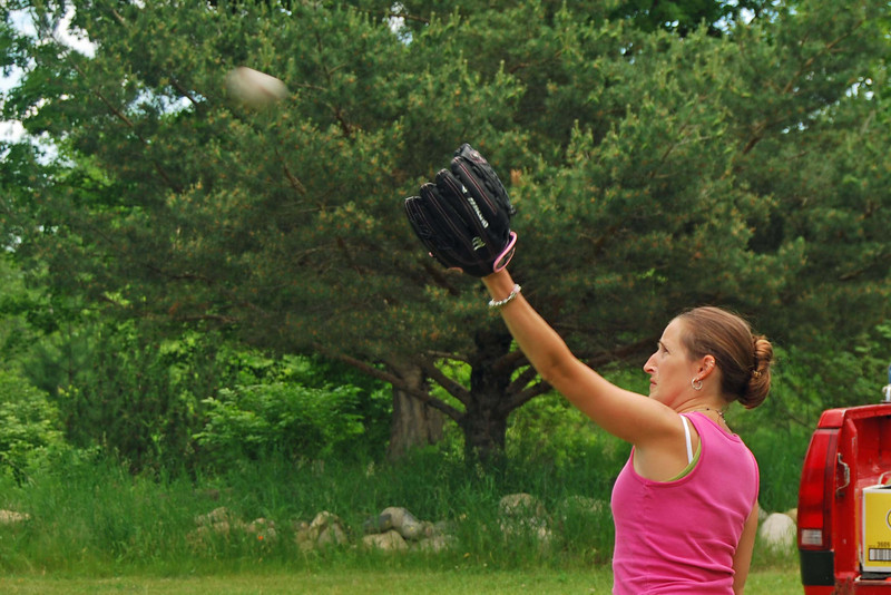 1251 Making a face helps her catch.jpg