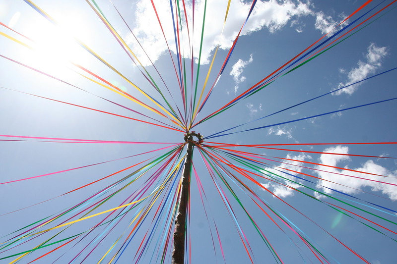 Touch the sky with ribbons