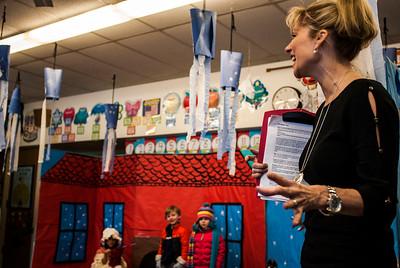 Mrs. Isola's Kindergarten Mitten Play