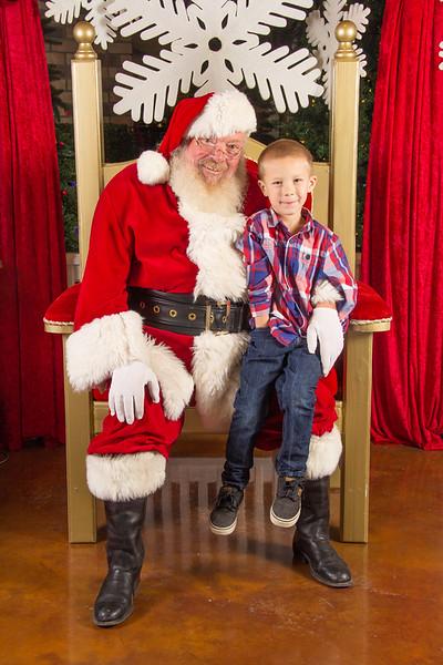 Santa 12-16-17-305.jpg