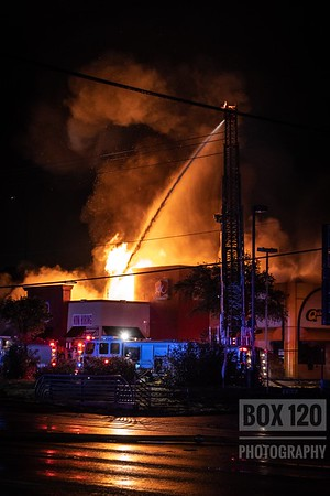 2-11 Commercial Fire - Perrin Beitel, San Antonio, Texas - 12/31/18