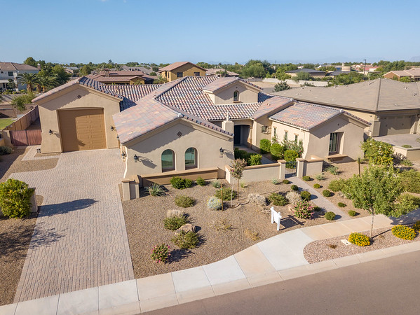 2166 East Aris Drive, Gilbert, AZ (Large)